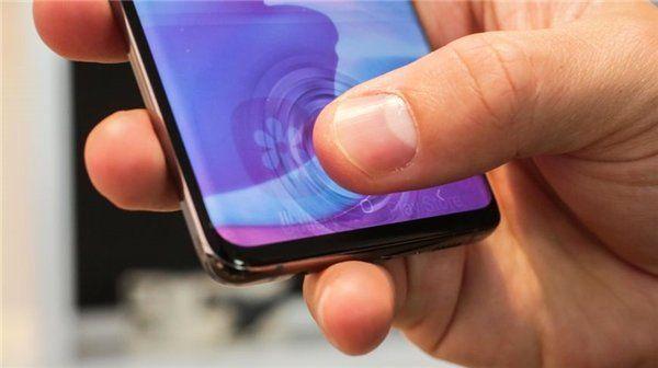 Samsung Galaxy S10 Güncellemesi Yaşanan Sorunlar Üzerine Geri