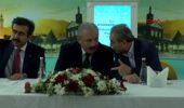 DİYARBAKIR TBMM Başkanı Şentop, Diyarbakır'da vatandaşlarla bayramlaştı