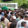 Bayram dönüşü trafik kazasında ölen 2 kişi toprağa verildi