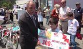 Minik Ahmet, okulda dağıtılan anket sayesinde teyzesinin kanser olduğunu ortaya çıkardı