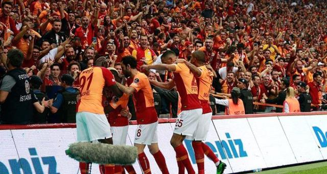 Galatasaraylı Marcao'ya 10 milyon euroluk teklif geldiği iddia edildi!