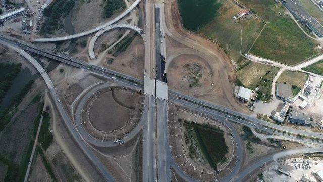 Türkiye'nin en büyük otoyol projesi İstanbul-İzmir otobanı 8 Ağustos'ta açılacak