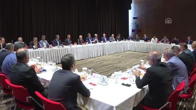 TFF ve Kulüpler Birliği Vakfının toplantısı Riva'da başladı