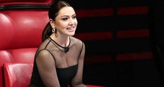 Güzel şarkıcı Hadise'den hayranlarını mest eden bikinili fotoğraf!