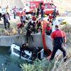 Denizli'de otomobil sulama kanalına devrildi: 2 ölü