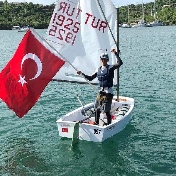 İzmir'in yelken gururu