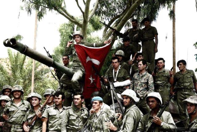 Bugün Kıbrıs Barış Harekatı'nın 45. yıldönümü. 20 Temmuz 1974'te Türk Silahlı Kuvvetleri'nin Kıbrıs'ta başlattığı harekat başladı. Ayşe tatile çıktı parolasıyla 14 Ağustos'ta ise 2. harekat gerçekleştirildi. | Sungurlu Haber