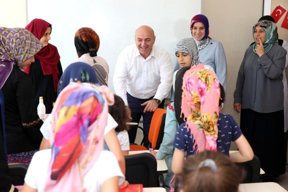 Başkan Bıyık bilgievi öğrencileriyle bir araya geldi
