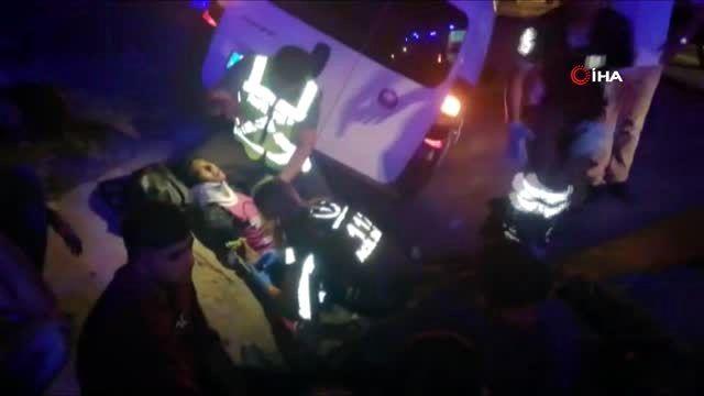Göçmenleri taşıyan araç su kanalına düştü: 10 yaralı
