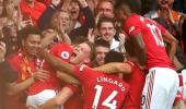 Manchester United, Chelsea'yi 4-0 mağlup etti