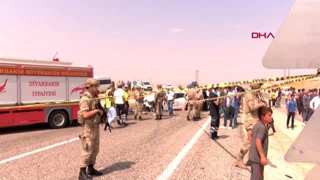 Diyarbakır'da zincirleme kaza 3 ölü, 7 yaralı
