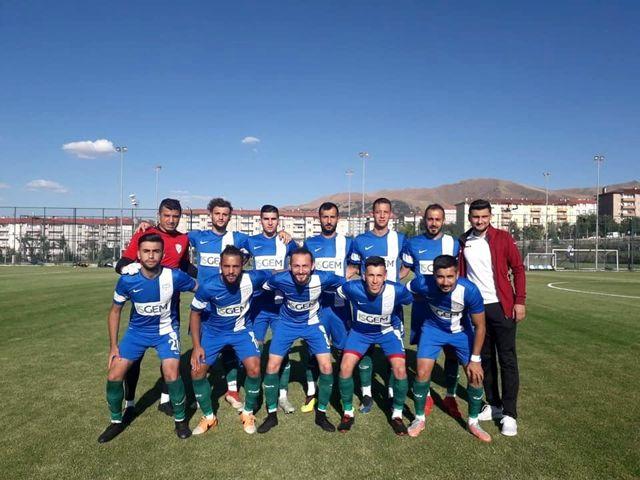 Yeşilyurt Belediyespor hazırlık maçında Malatya İdmanyurdu ile karşılaştı