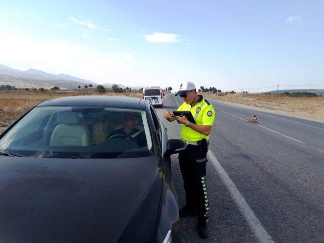 Hisarcık polisinden emniyet kemeri uygulaması