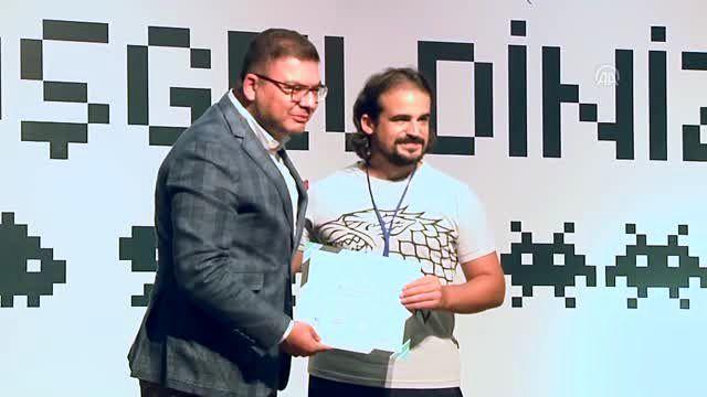 Oyunla Gelecek Oyun Geliştirme Yaz Kampı sertifika töreni