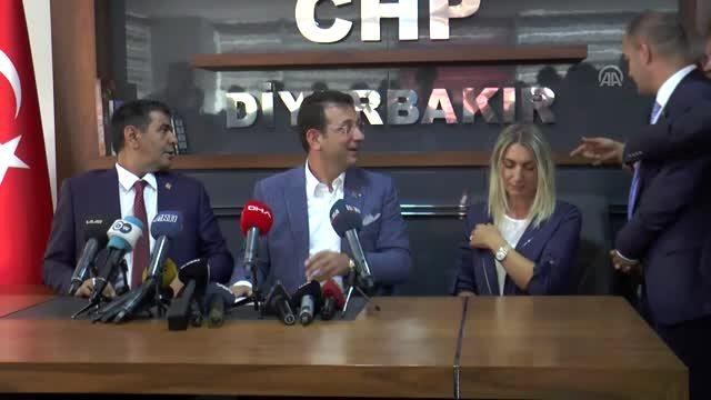 İmamoğlu, görevden uzaklaştırılan belediye başkanları ile bir araya geldi (2)