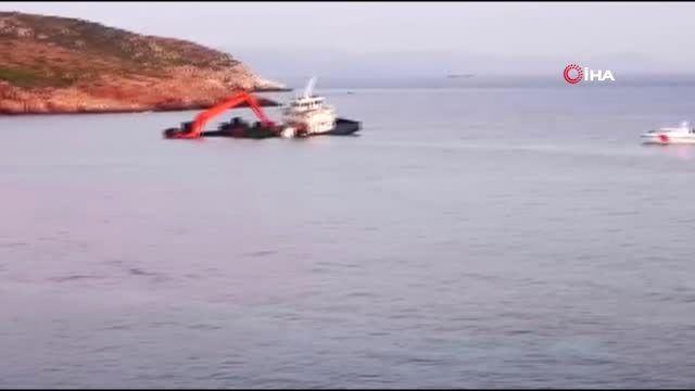 Bozcaada açıklarında su alan gemi karaya oturdu