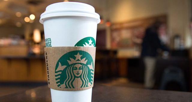 Starbucks'ta Müslüman müşteriye ayrımcılık: Aziz ismi kahve bardağına ISIS olarak yazıldı