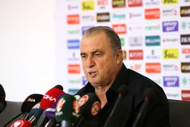 Galatasaray Teknik Direktörü Fatih Terim'e 4 maç ceza