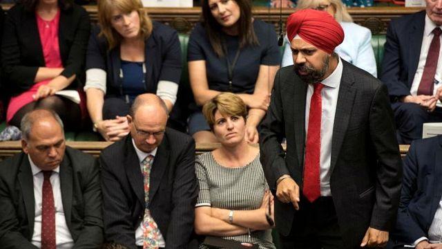 İngiliz vekil: Boris Johnson Müslüman kadınlardan özür dilemeli