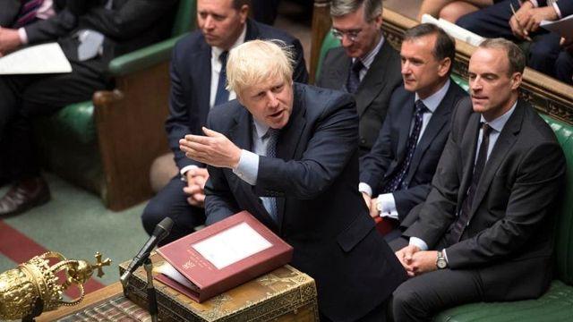 Brexit krizinde ağır yenilgi alan Boris Johnson: 'İstifa etmeyeceğim'