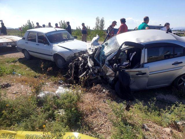 Osmaniye'de 3 aracın karıştığı kazada 4 ölü 4 yaralı