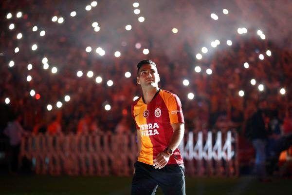 Radamel falcao: galatasaray'ın teklifine hep pozitiftim