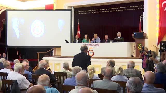 Galatasaray Kulübünün divan kurulu toplantısı - Dursun Özbek