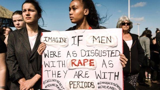 Kadın cinayetleri ve cinsel saldırılar: Güney Afrika'da kadınlar protesto gösterileri ve sosyal...