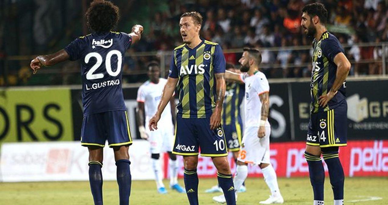 Milli maç araları Fenerbahçe'ye yaramıyor