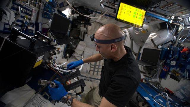 Uzay günlükleri: Uzay İstasyonu'nda astronotlar kendi deneylerine denek oluyor