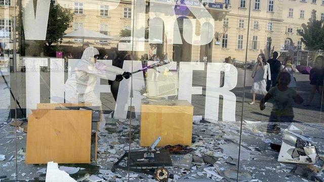 Avusturya'da şehir merkezine kurulan 'öfke odası' ile stresten kurtulmaya çözüm
