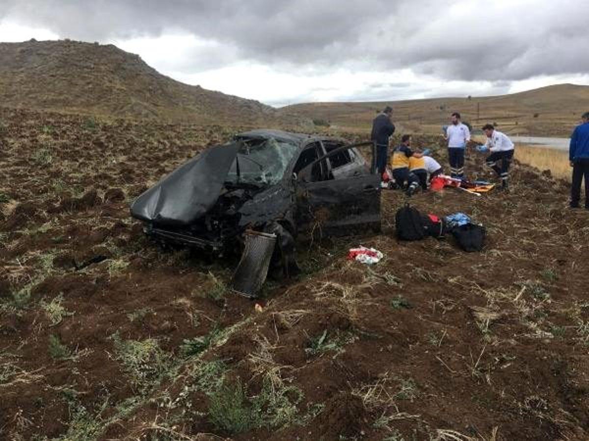 Kaza sonrası kalbi duran kadın sürücüyü, yoldan geçen doktor kurtardı