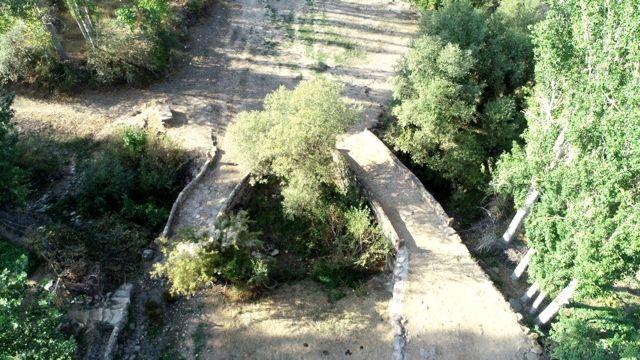Tarihi ikiz köprüler dikkat çekiyor