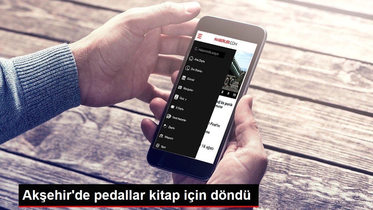 Akşehir'de pedallar kitap için döndü