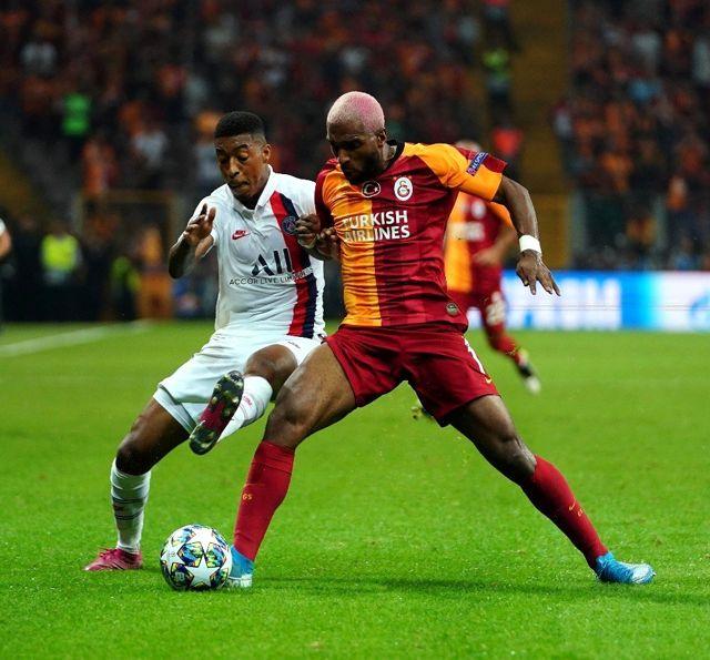 UEFA Şampiyonlar Ligi: Galatasaray: 0 - Paris Saint-Germain: 0 (İlk yarı)