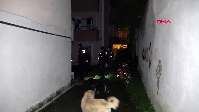 Düzce komşuları merak edip polisi aradı, kahvehanede ...