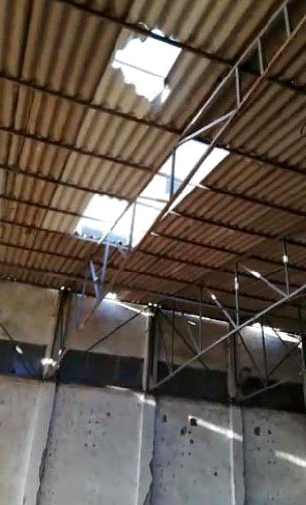 İş yerinin çatısını tamir etmek isteyen bekçi, düşerek öldü