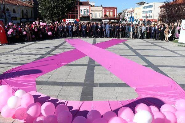 'Yılda 23 bin kadına meme kanseri teşhisi konuyor'