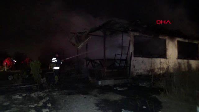 Sivas'ta at çiftliğinde korkutan yangın