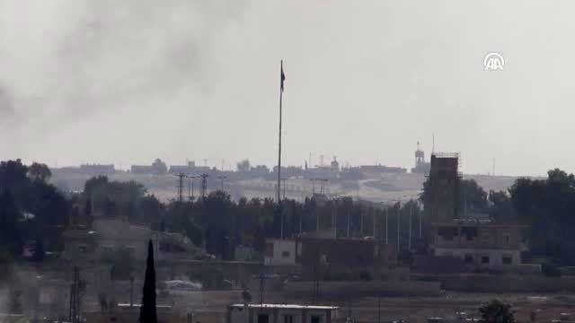 Tel Abyad'ın batısına SMO bayrağı asıldı (2)