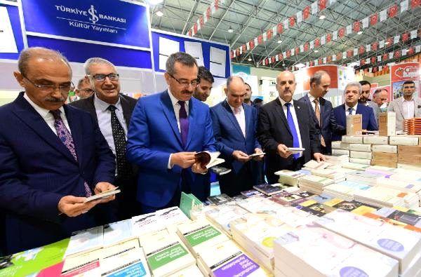 Anadolu'nun en büyük kitap fuarı Kahramanmaraş'ta açıldı