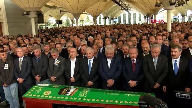 Mhp genel başkan yardımcısı semih yalçın'ın oğlu ilteber yalçın'nın cenaze töreni -2