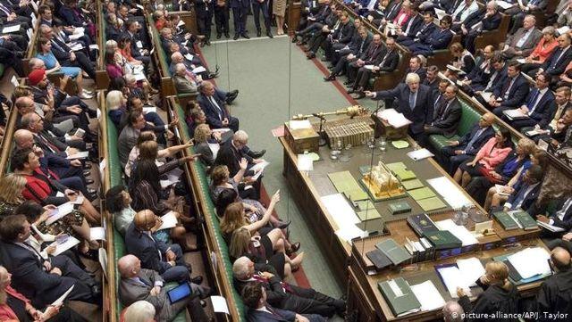 Britanya yeniden Brexit'i oyluyor