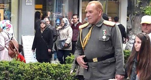 Atatürk'e benzetilen Göksel Kaya'ya sosyal medyada tepkiler devam ediyor