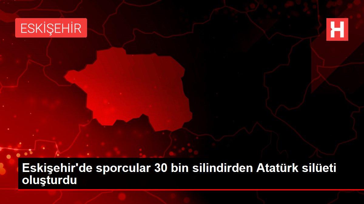 Eskişehir'de sporcular 30 bin silindirden Atatürk silüeti oluşturdu