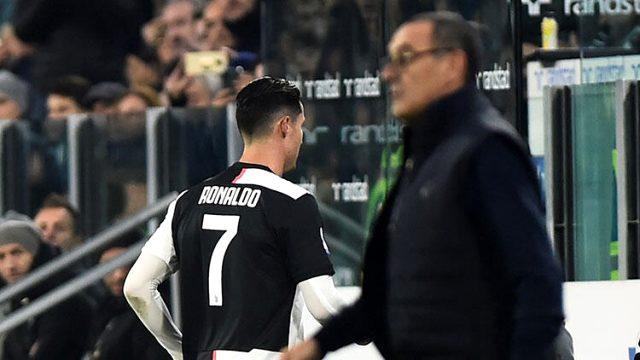 Baş məşqçini söyən Ronaldo üzr istəyəcək - QƏRAR