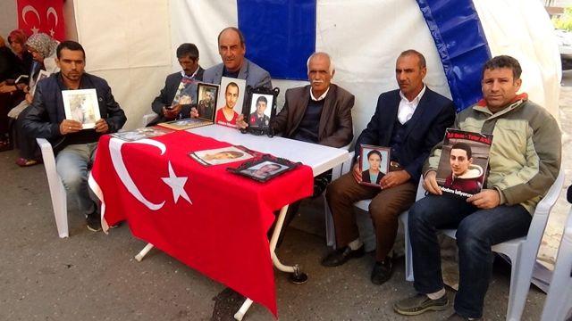 HDP önündeki ailelerin evlat nöbeti 73. günde