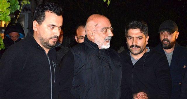 Tutuklanan Ahmet Altan'ın tahliye talebi mahkeme tarafından reddedildi