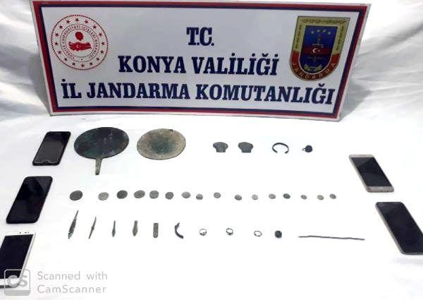 Konya'da 'tarihi eser' kaçakçılarına operasyon: 4 gözaltı