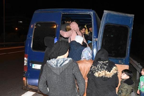 Otoyolda kaçak göçmen kovalamacası